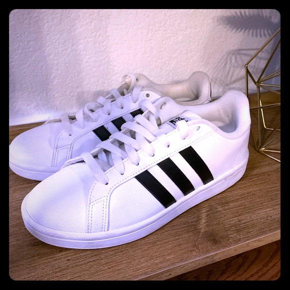 adidas Shoes - Adidas Cloudfoam Sneakers size 8